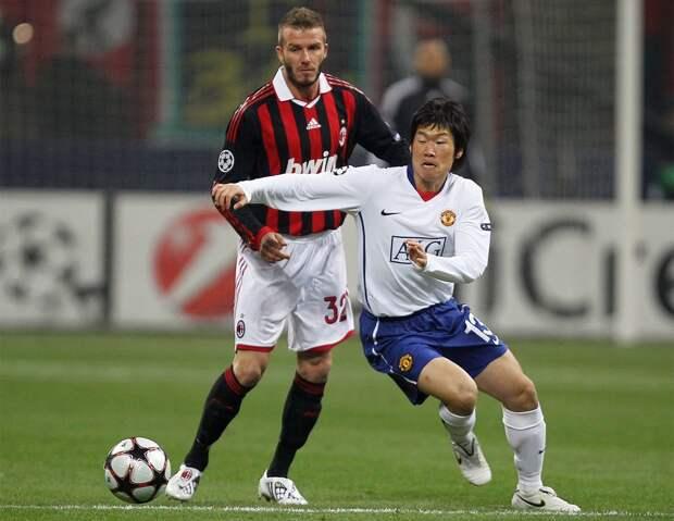 """11 лет назад """"МЮ"""" разгромил """"Милан"""": Руни выбил из ЛЧ Пирло и Роналдиньо, а Бекхэм впервые вернулся в Манчестер"""