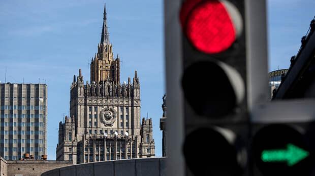 Россия решает, что делать с США. Вначале – сила, потом – дипломатия