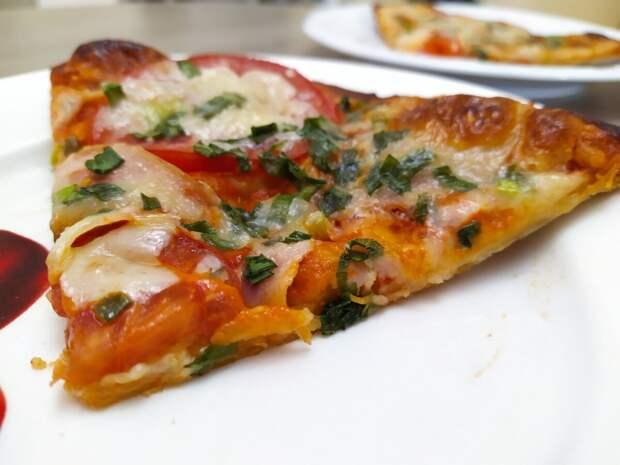 Идеальная пицца из лаваша за 15 минут - вкуснейшее угощение на любой вечер