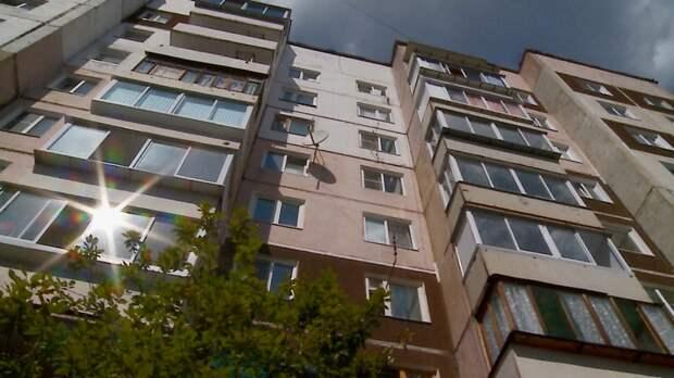 Пострадавшие при пожаре в Заярском семьи начали смотреть новые квартиры