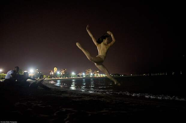 Dancers-Among-Us-skinnydipping-in-Chicago-Marissa-Horton