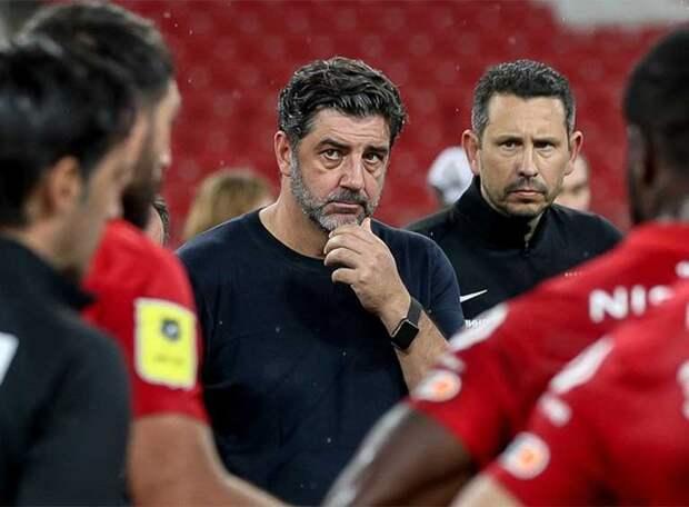 СМИ: Руя Виторию снимут во время паузы на матчи сборной, если «Спартак» оперативно найдет нового тренера