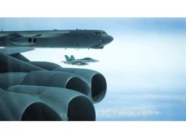 Бомбардировщики ВВС США отработали удары по России по всем направлениям