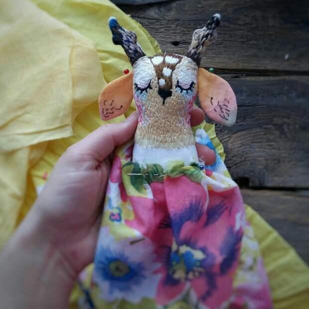 Тряпичные куклы с вышивкой
