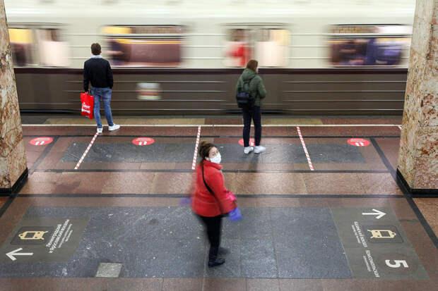 В Москве 14-летний подросток устроился работать в метро
