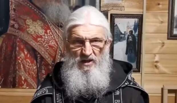 Скандальный священник, захвативший женский монастырь на Урале, лишен сана епархиальным судом