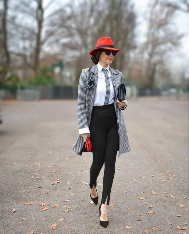 Как носить жакет, чтобы выглядеть современно и стильно: чему поучиться у модных блогеров
