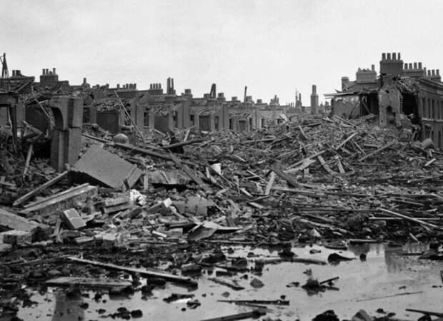 Лондон после бомбардировок.
