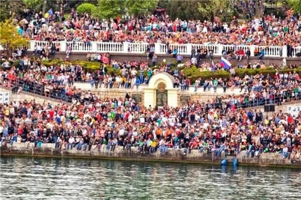Стало известно, сколько туристов посетило Севастополь в 2018 году