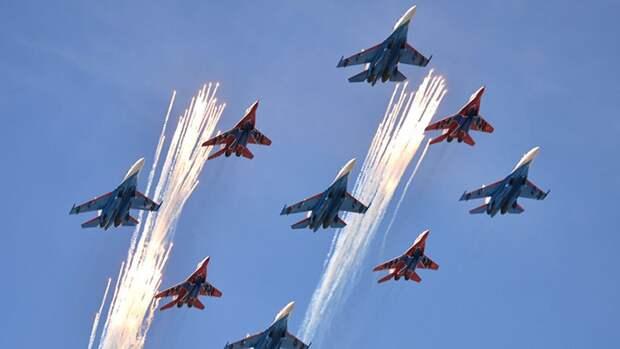 Видео подготовки истребителей ВКС РФ к параду Победы появилось в Сети