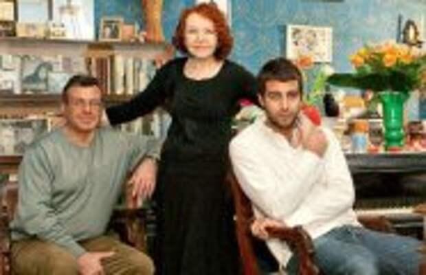 Кино: Нина, Андрей и Иван Ургант: Семейные тайны знаменитой актерской династии
