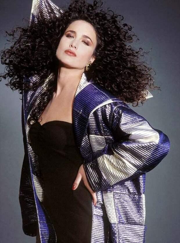 Энди Макдауэлл: посланница L'Oréal Paris и звезда фильмов 90-ых