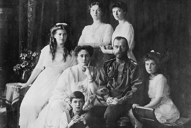 Николай II и его семья в 1910-е годы