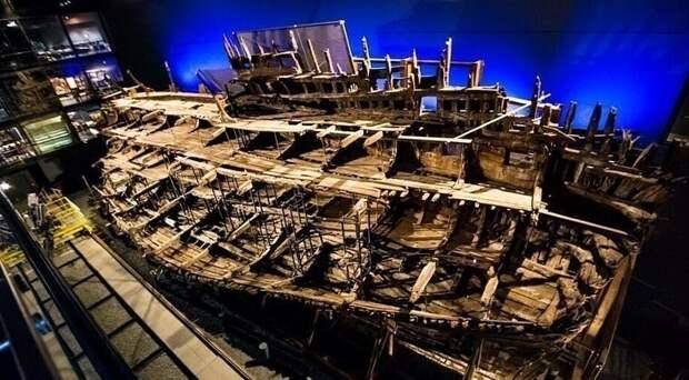 """Ученые провели серьезное исследование ради спасения судна """"Мэри Роуз"""""""