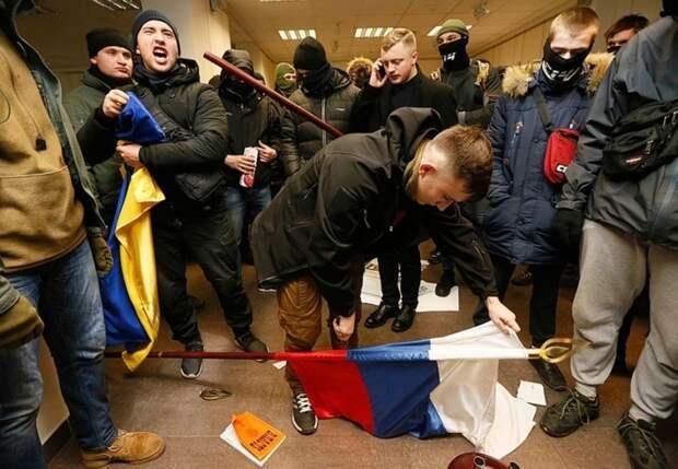 Жириновский рассказал о предательстве: Россия до сих пор кормит русофобов