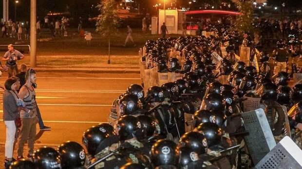 Наулице остались только бандиты, — МВД Белоруссии о протестах