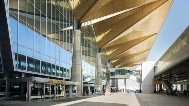 К 2025 году в Пулково построят новый терминал