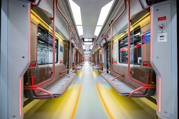 Поезд нового поколения «Москва-2020» запустили на «оранжевой» ветке метро