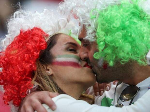 Запрет на секс: кого из футболистов ЧМ-2018 лишили «сладенького»