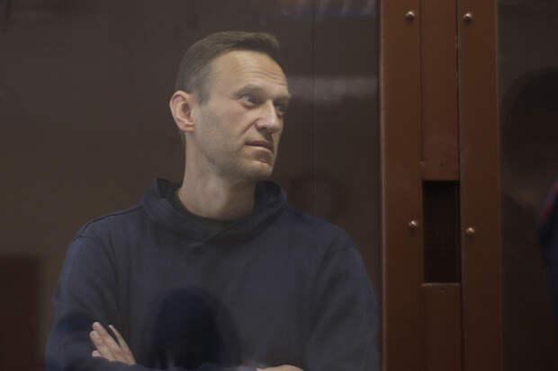 Дипломаты из стран Прибалтики приехали в суд, чтобы поддержать Навального