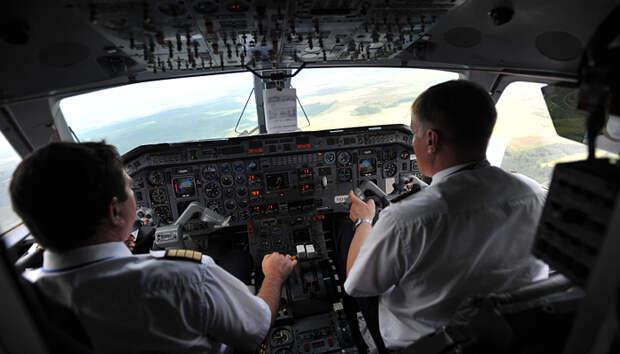 Небесный интернационал. Пилотам-иностранцам могут разрешить управлять российскими самолетами, хотя 800 своих ищут работу