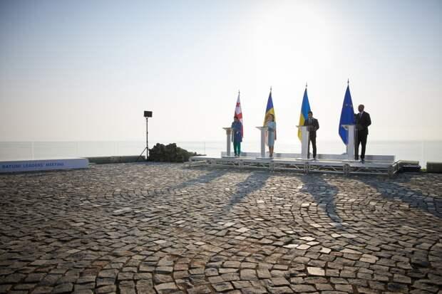 Многосерийный сериал под названием – «Пагубное устремление Грузии, Украины и Молдавии в Европейский союз»...