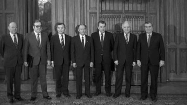 Главы МИД государств-участников Варшавского договора