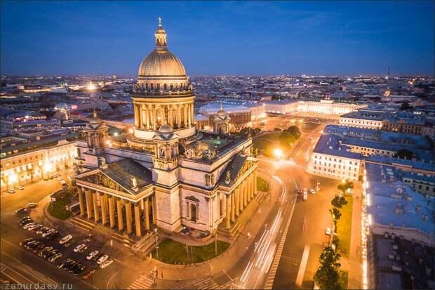 Зимний Петербург. Фотограф Станислав Забурдаев