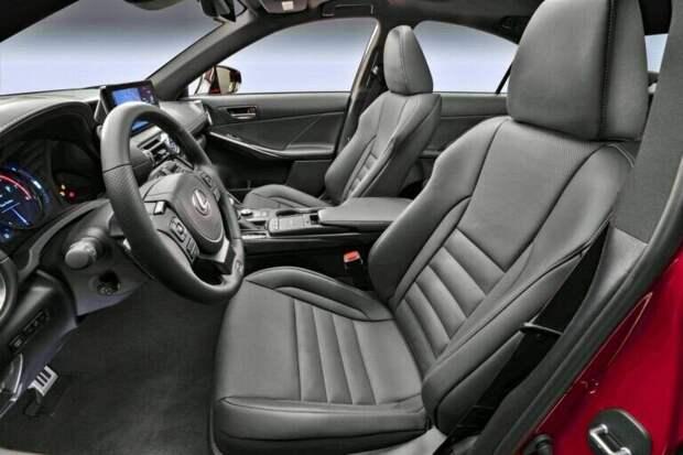 Новый Lexus IS 500 F Sport - японский седан с V8 под капотом.