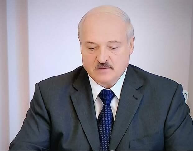 """Лукашенко о координационном совете оппозиции: """"Это попытка захвата власти"""""""