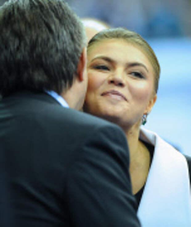 Кабаева выходит за Прохорова, чтобы скрыть ребенка от Путина!