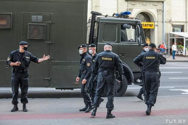 Неприкосновенность полиции при исполнении ей своих служебных функция — фундаментальная черта любого государства