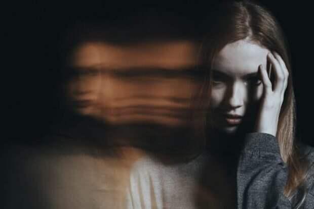 Расплывчатое изображение девушки
