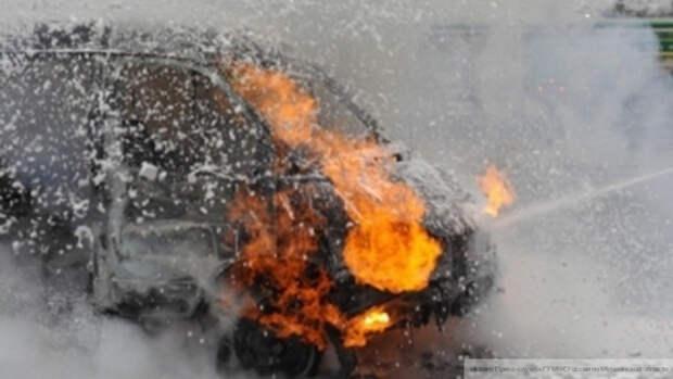 Маршрутный автобус взорвался возле метро в Киеве