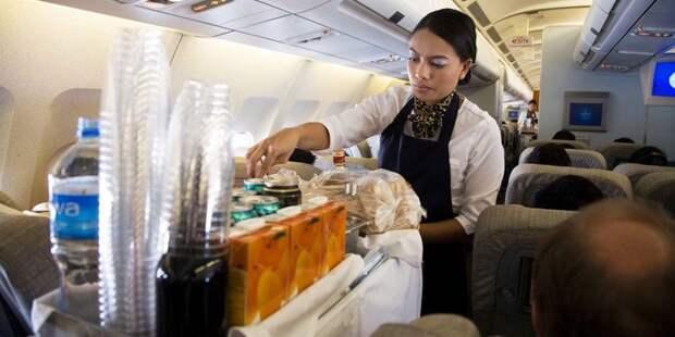 Какой напиток противопоказан в самолете?