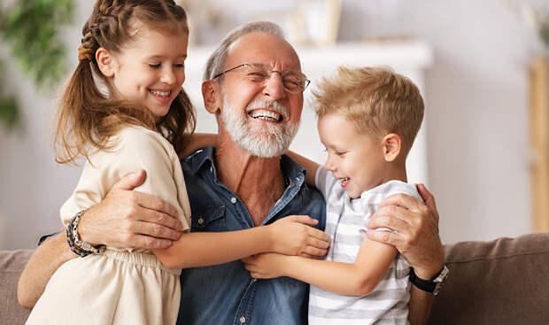 Специалист семейного центра из Северного поделилась лайфхаками о правильном подходе к воспитанию внуков