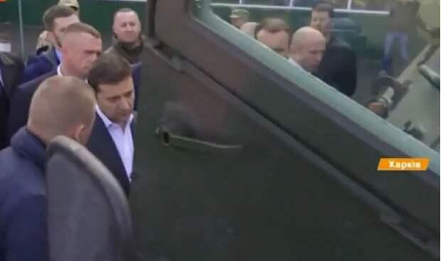 Зеленский отменил интервью на американском ТВ, узнав о военной помощи США Украине