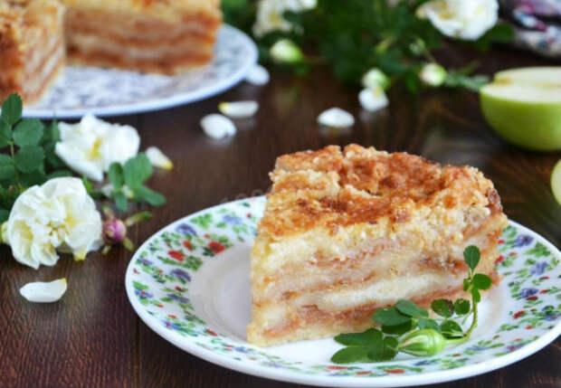 Насыпной яблочный пирог: засыпаем на сковороду и через 10 минут наслаждаемся