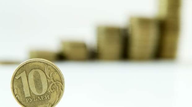 Не исключено 90 рублей за доллар: Экономист предупредил о девальвации рубля уже в этом году