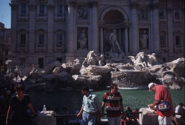 Закрыла свои границы для туристов вплоть до конца текущего года Италия