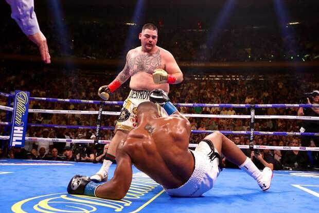 Боксер Энди Руис нокаутировал Энтони Джошуа и отобрал у него все чемпионские титулы