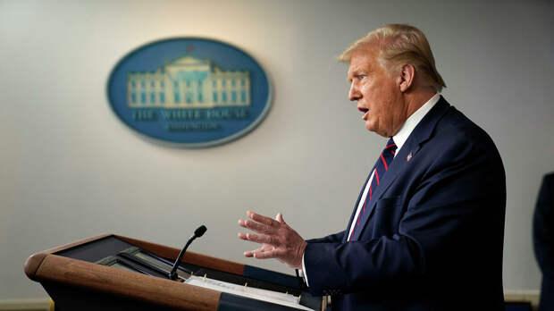 Президент Дональд Трамп во время пресс-конференции в Белом доме в Вашингтоне - РИА Новости, 1920, 13.09.2020