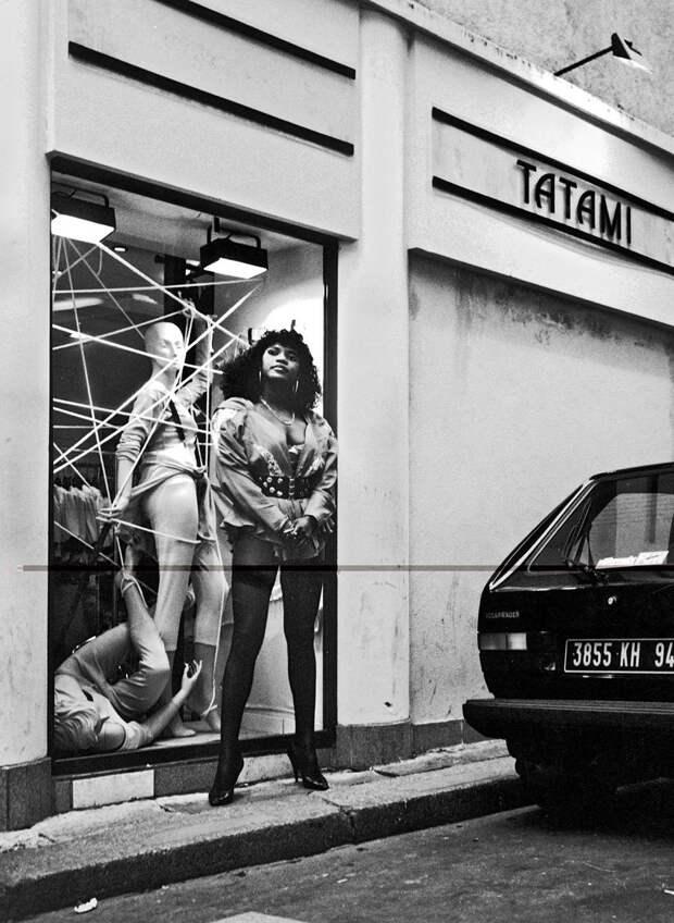 Труженицы секс-индустрии с улицы Сен-Дени. Фотограф Массимо Сормонта 51