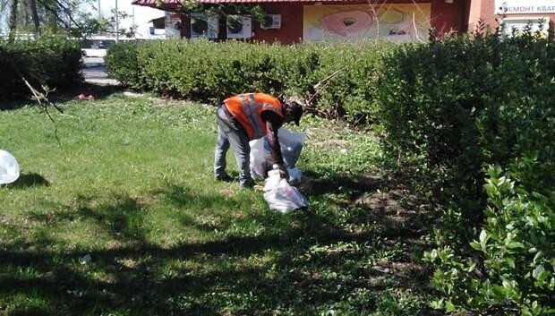Груды мусора убрали с Юбилейной площади в Подольске