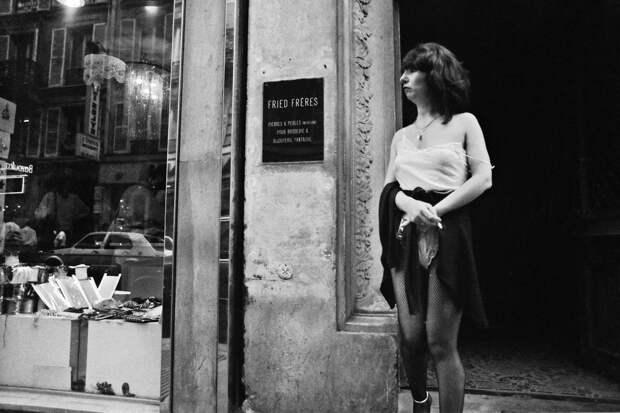 Труженицы секс-индустрии с улицы Сен-Дени. Фотограф Массимо Сормонта 8