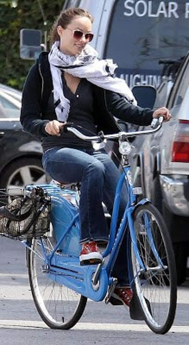 Прекрасные кино-велосипедистки.