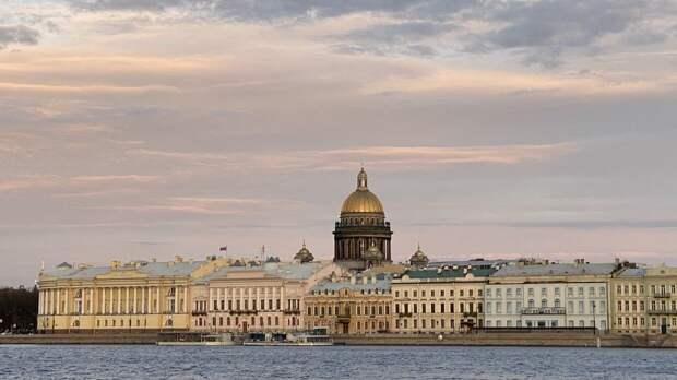 Главный синоптик Петербурга пообещал потепление ближе ко Дню Победы