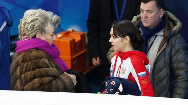 Медведева готовится к сезону с четырьмя тренерами: в том числе и с Тарасовой. Она снова может стать лучшей?