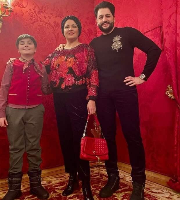 анна нетребко с сыном тьяго и мужем