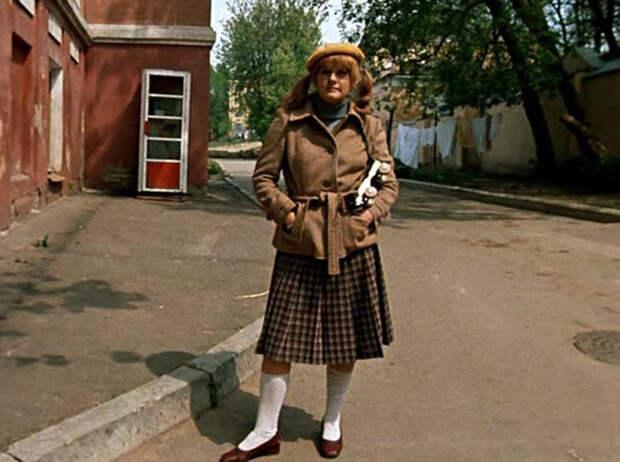 Мода в СССР: как одевались героини культовых советских фильмов